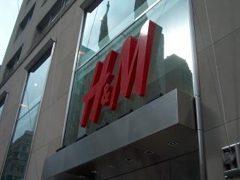 H&M NYC | Christina's Best Life